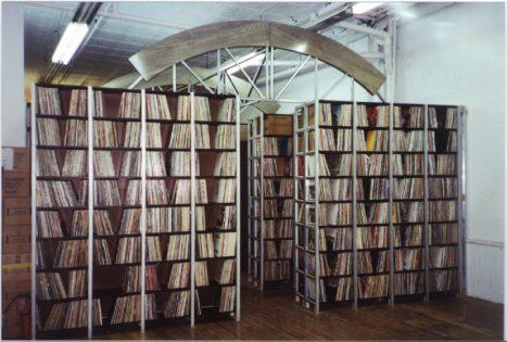 PIC_ARC- shelf.col